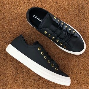 Converse Chuck Taylor Ox NWT Leather